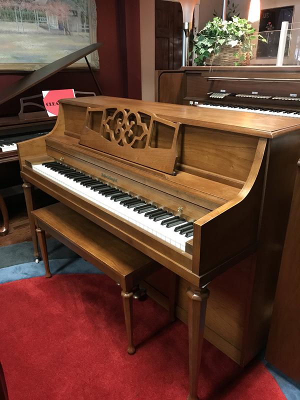 gallery-piano-218