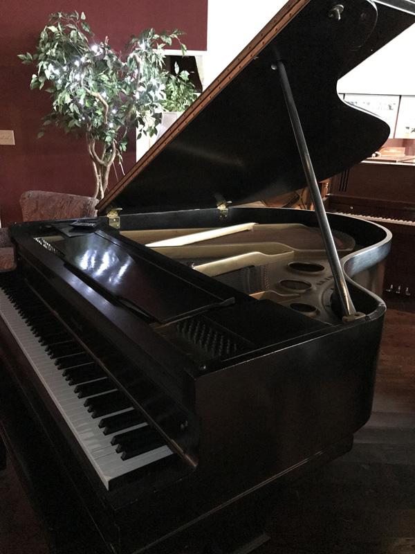 gallery-piano-226