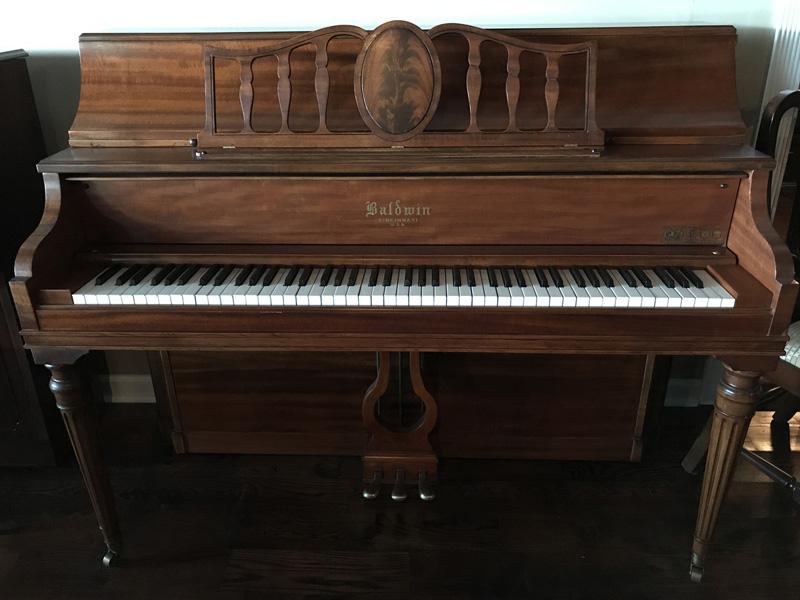 gallery-piano-240