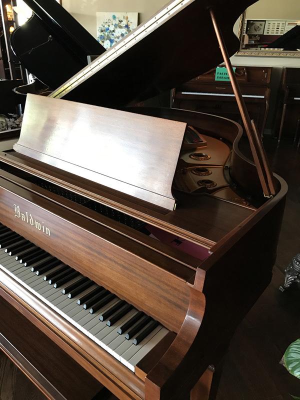 gallery-piano-287