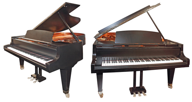 Why do they prop open a grand piano coltharp piano for How big is a grand piano