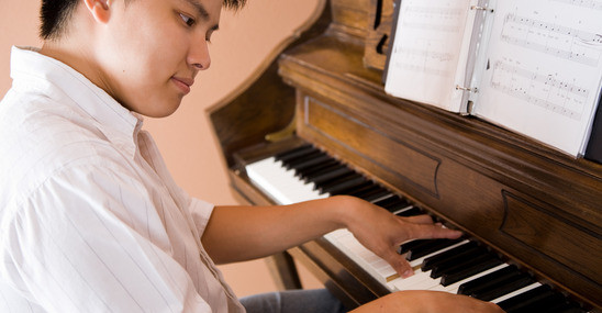 7 Benefits To Playing The Piano