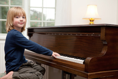 How To Make Piano Lessons – And Practice Sessions – Fun!