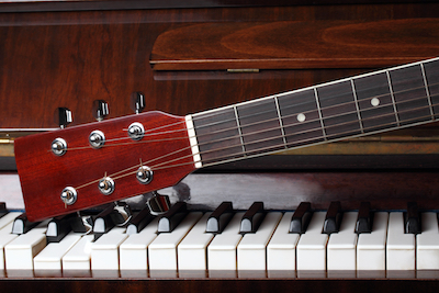 5 Reasons A Guitarist Should Learn The Piano