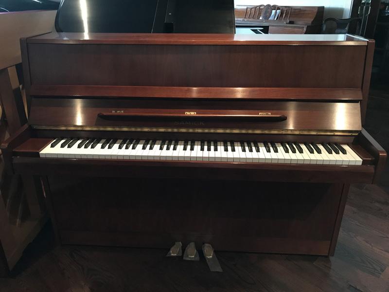 gallery-piano-260