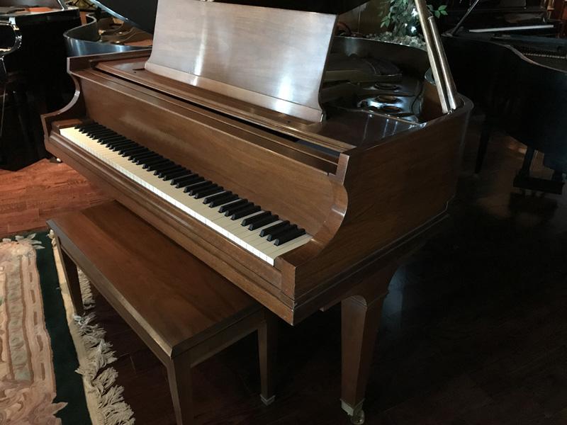 gallery-piano-271