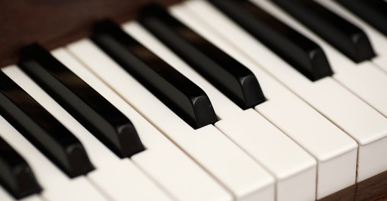 10 Secrets To Helping Your Child Love Piano Lessons