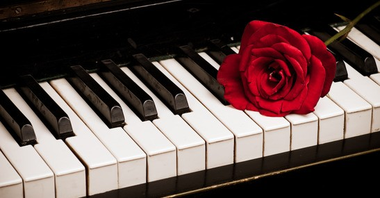 How To Clean and Disinfect Piano Keys