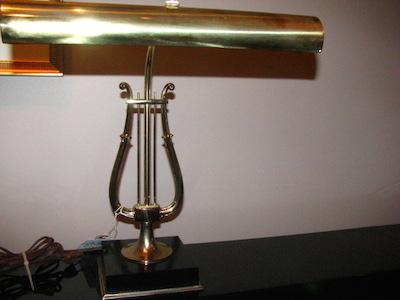 piano-lamp-7