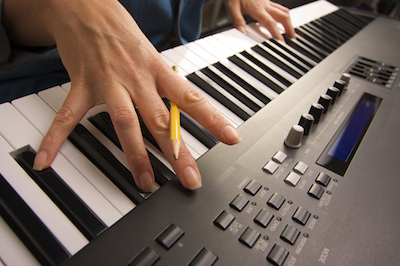 5 Things You Should Know About Buying a Digital Piano