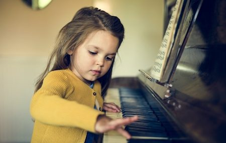When Should You Buy a Piano For A Beginner?