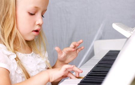 What You Can Do As a Parent To Help Your Kids With Piano Lessons