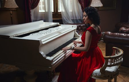 Develop These Habits To Be a Better Piano Player