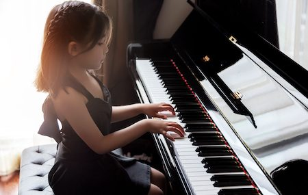 Back Ache? You May Be Sitting at the Piano Wrong
